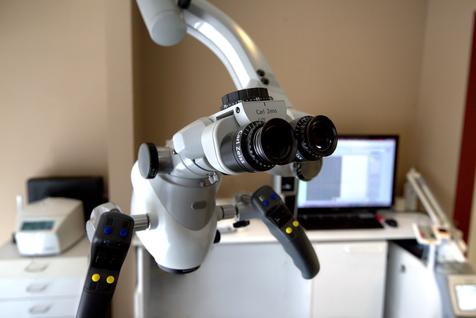 Microscope Instrument