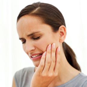 Dental Accidents: What should I do in case of chipped, cracked, and broken teeth?